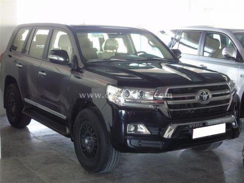 2020 Toyota Land Cruiser GXR V8