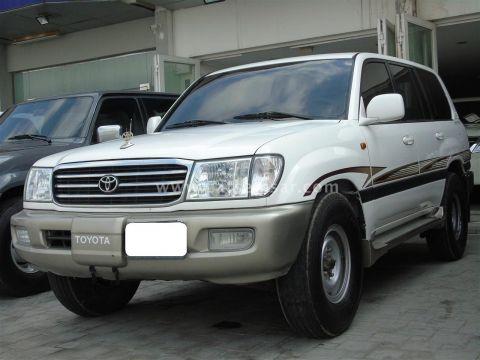 2001 Toyota Land Cruiser GXR