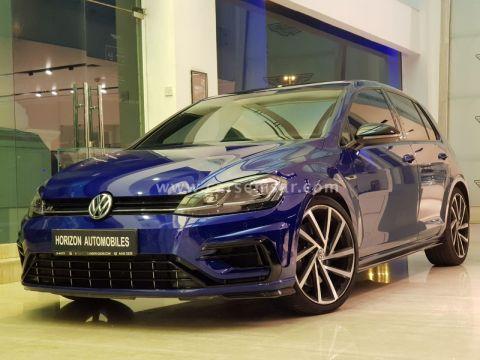 2018 Volkswagen Golf R 2.0