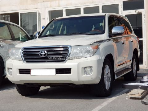 2013 Toyota Land Cruiser GXR V8 Limited