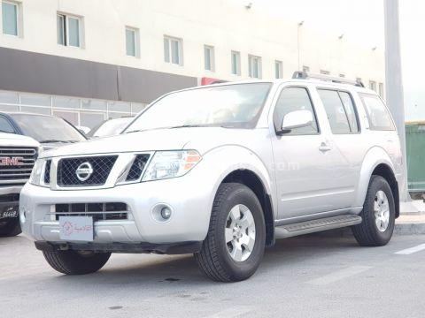 2012 Nissan Pathfinder SE