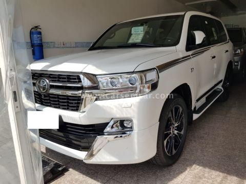 2021 Toyota Land Cruiser VXR