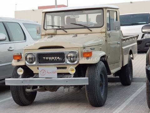 1986 تويوتا لاند كروزر Land Cruiser 75 Pickup