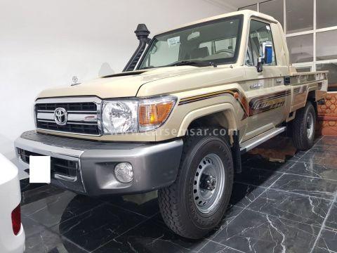 2020 تويوتا لاند كروزر Land Cruiser Pickup LX Diesel