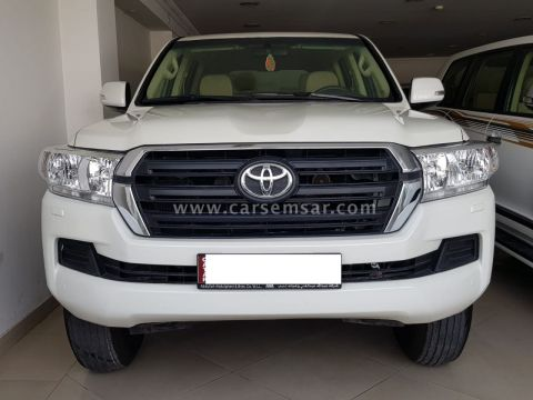 2017 Toyota Land Cruiser G