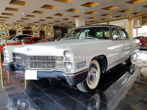1966 Cadillac Sedan De Ville