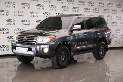 2015 Toyota Land Cruiser GXR V8
