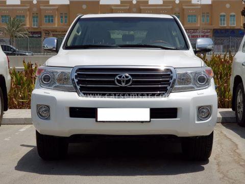 2014 Toyota Land Cruiser GXR V8