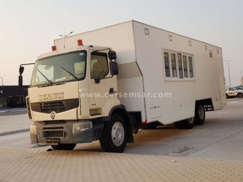 2012 Renault Premium Lander Caravan