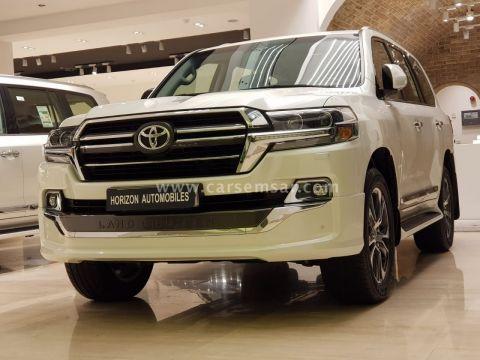 2020 Toyota Land Cruiser GXR Ground Touring V6