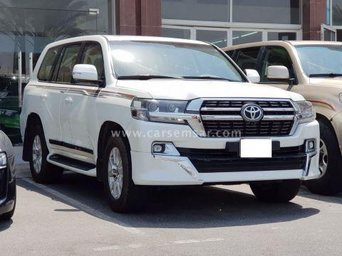 2016 Toyota Land Cruiser GXR