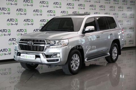 2021 Toyota Land Cruiser GXR V8