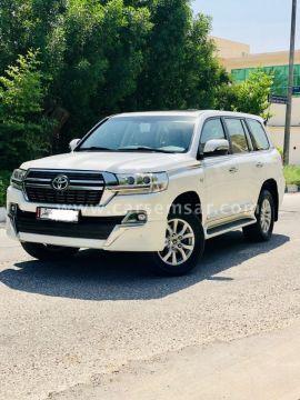 2016 Toyota Land Cruiser VXR Grand Touring S