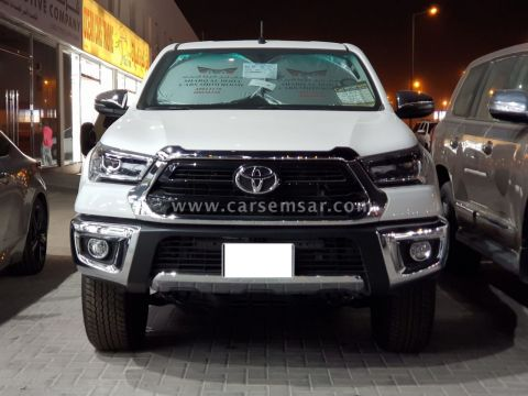 2022 Toyota Hilux 2.7 4x4