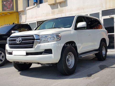 2016 Toyota Land Cruiser G