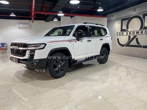 2022 تويوتا لاند كروزر Land Cruiser GR Sport Twin Turbo