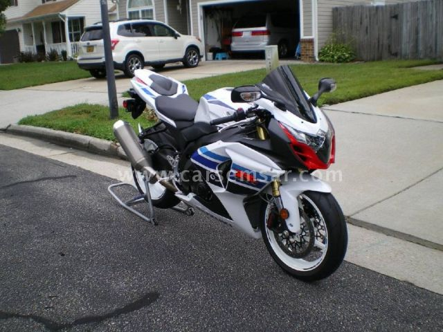 2013 Suzuki GSX-R 1000 FOR SALE