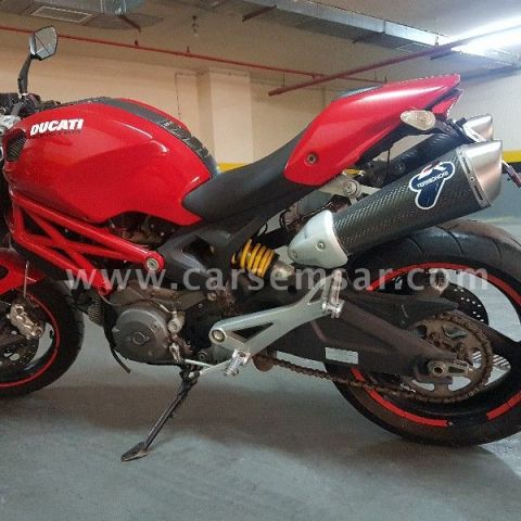 Ducati Monster + Special Plate Number