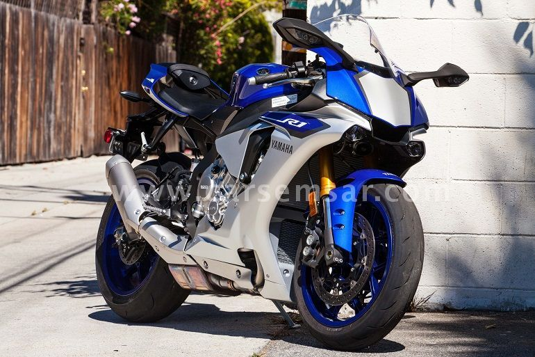 2015 Yamaha YZF R1 for sale in Qatar - New and used